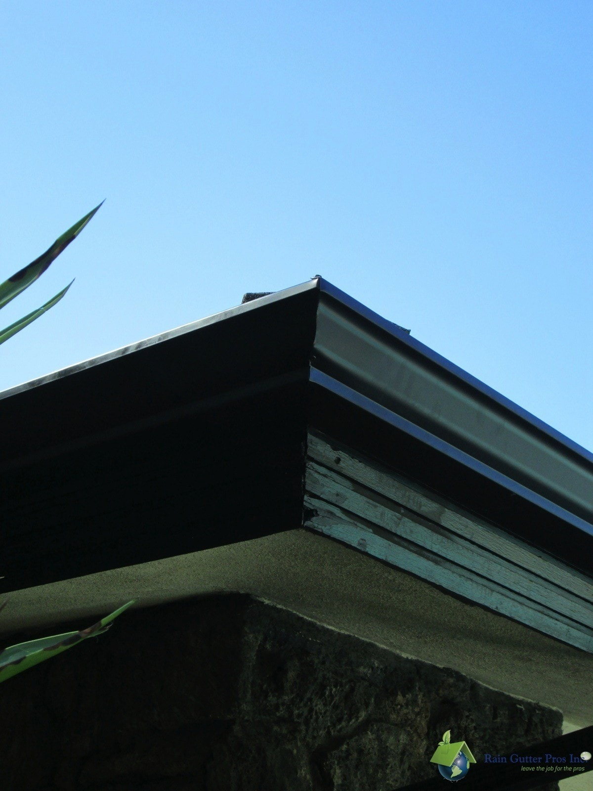 Aluminum Seamless gutter corner