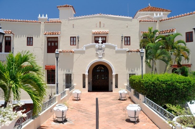spanish colonial revival mansion in California
